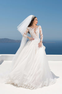 Long Sleeve Jewel Neck Chiffon Ball Gown Bridal Dress With Lace Illusion Bodice