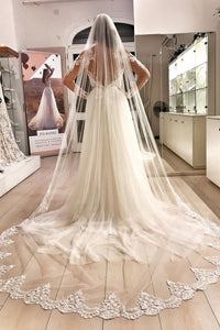 Elegant Applique One Layer Tulle Chapel Wedding Veil