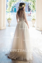 Bateau Neckline 1/2 Sleeve Ivory Tulle Sweep Train Bridal Dress With Lace Illusion Bodice
