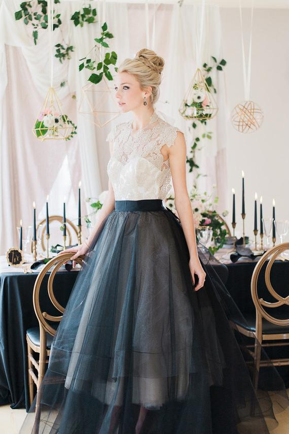 Black Organza Round Neck Floor-Length Bridal Dress With Lace Bodice