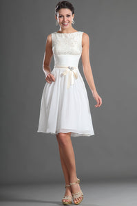 Rhinestone Bow-knot Lace Bateau Neck Sleeveless Zipper-Up Short Solid Cocktail Dress