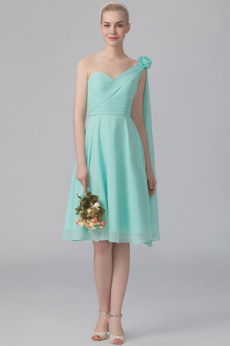 One-Shoulder Sleeveless Knee-Length Chiffon Bridesmaid Dress With Handmade Flower