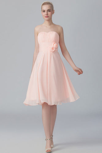 Strapless Sweetheart Knee-Length Ruched Chiffon Bridesmaid Dress With Handmade Flower