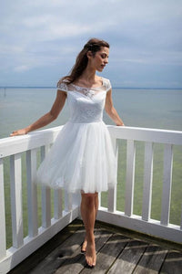 Keyhole Back Cap Sleeve Scoop Neck Tulle Short Wedding Dress With Lace Applique