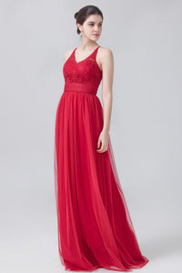 Red V-Neck Sleeveless Sweep Train Pleated Tulle Bridesmaid Dress With Lace Bodice