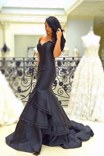 Layers Off Shoulder Cap Sleeves Zipper-Up Long Solid Mermaid Evening Dress with Sweep Train