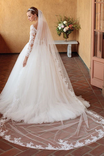 Single Layer Chapel Length Bridal Veil With Lace Applique Along The Edge