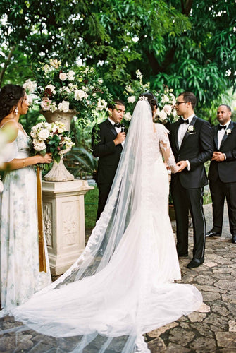 Single Layer Chapel Length Bridal Veil With Lace Edge