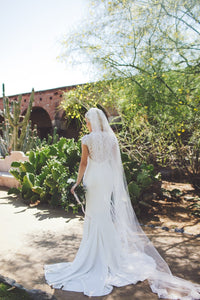 Single Layer Chapel Length Wedding Veil With Lace Along The Edge