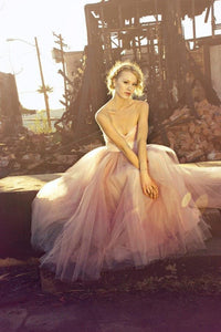 Elegant Strapless Sweetheart Sleeveless Long Solid Pleated Tulle Wedding Dress