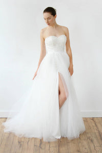 Tulle Sweetheart Strapless A-Line Sweep Train Bridal Dress With Slit