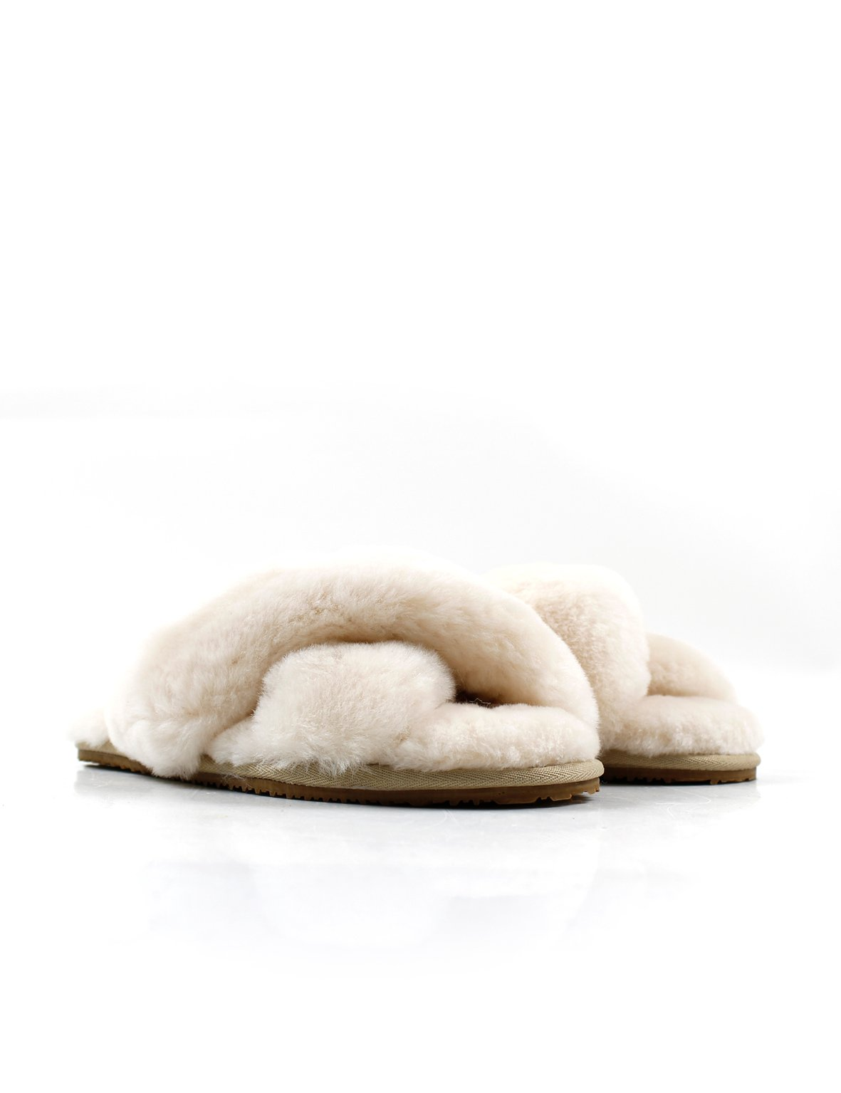 Summer Supply Ltd General La Tribe | Exclusive Cross Over Sheepy Slipper - Ivory