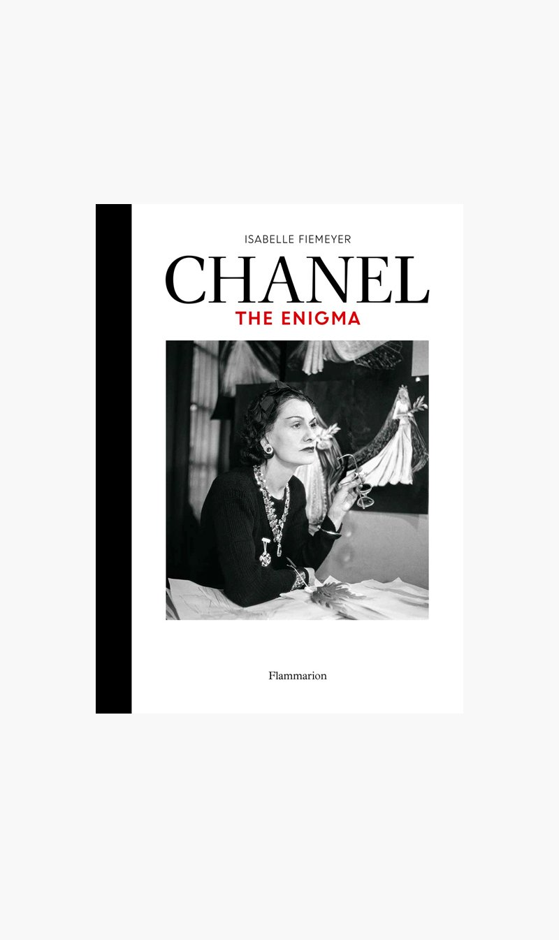 Alliance Distribution Services BOOK Thames & Hudson | Chanel: The Enigma