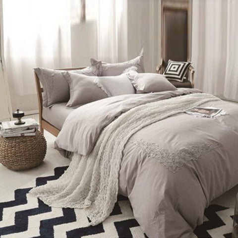 Embroidered lace duvet set (Beige)