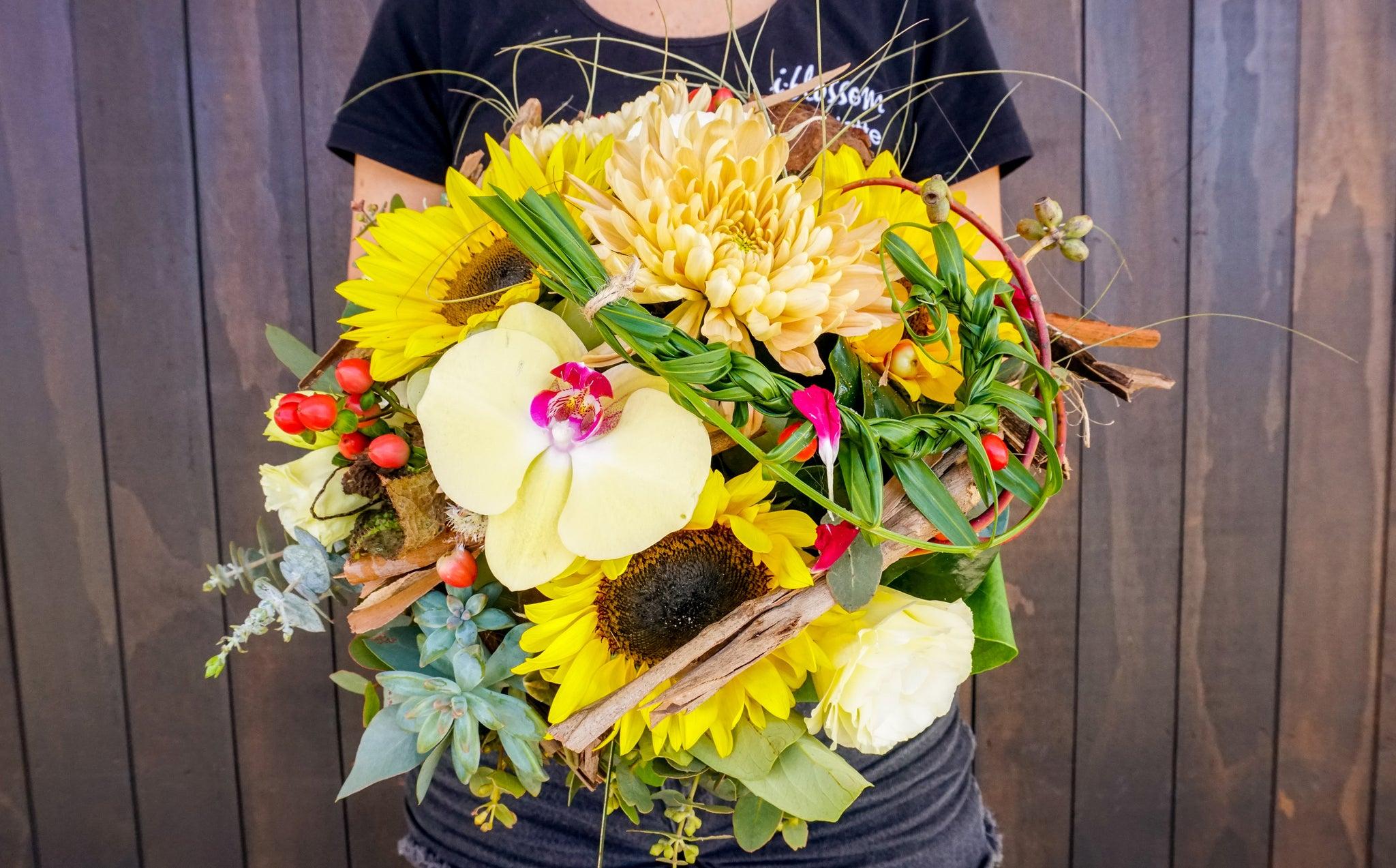 florist sunshine coast - floral arrangements - flower delivery - gift baskets