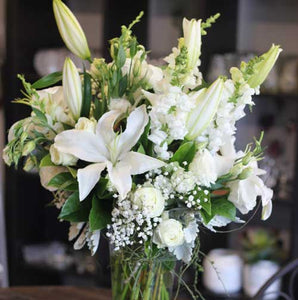 White Flowers delivered Sunshine Coast