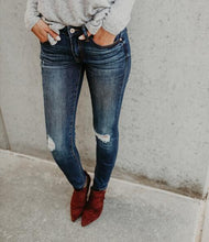 Fashion Trim And Cut Jeans