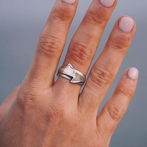 Jewelry - Great White Shark Ring - Sterling Silver