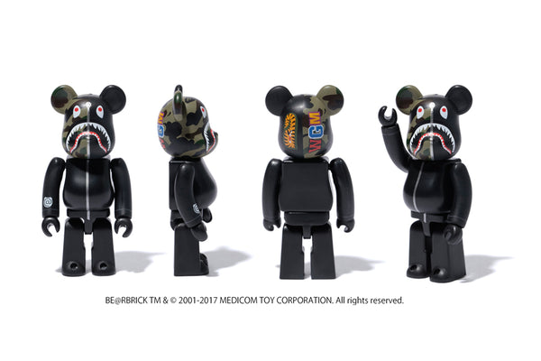 f576dabb A BATHING APE® X BE@RBRICK | us.bape.com