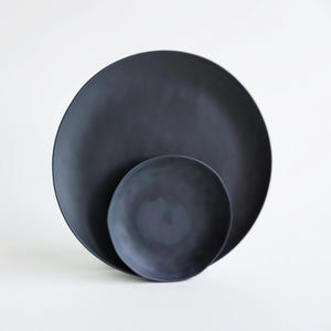 NEW! Plate BLACK 22cm