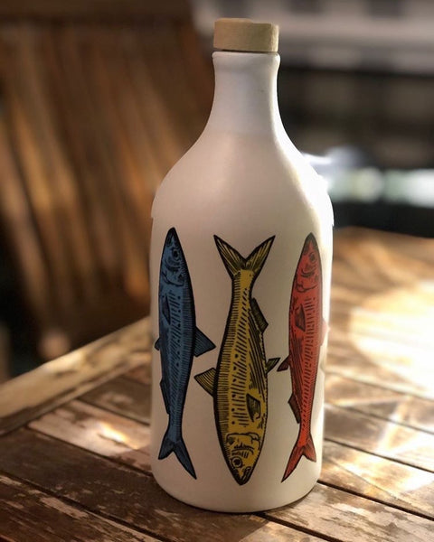 **SALE PRICE** Muraglia Italian Organic Extra Virgin Olive Oil in Artisan Handmade Ceramic jar - Fish Motif (500ML)