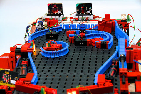Pneumatic PinBall machine/ roller coaster/ color sorting machine for the BBC micro:bit 電氣動彈珠機/ 電氣動彈珠分流軌道/ 電氣動顏色分辨器