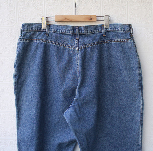 Stone Washed Relaxed Mom Jeans