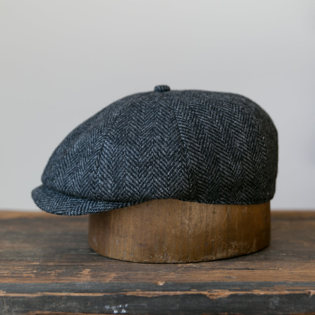 Turista - Black Herringbone Tweed