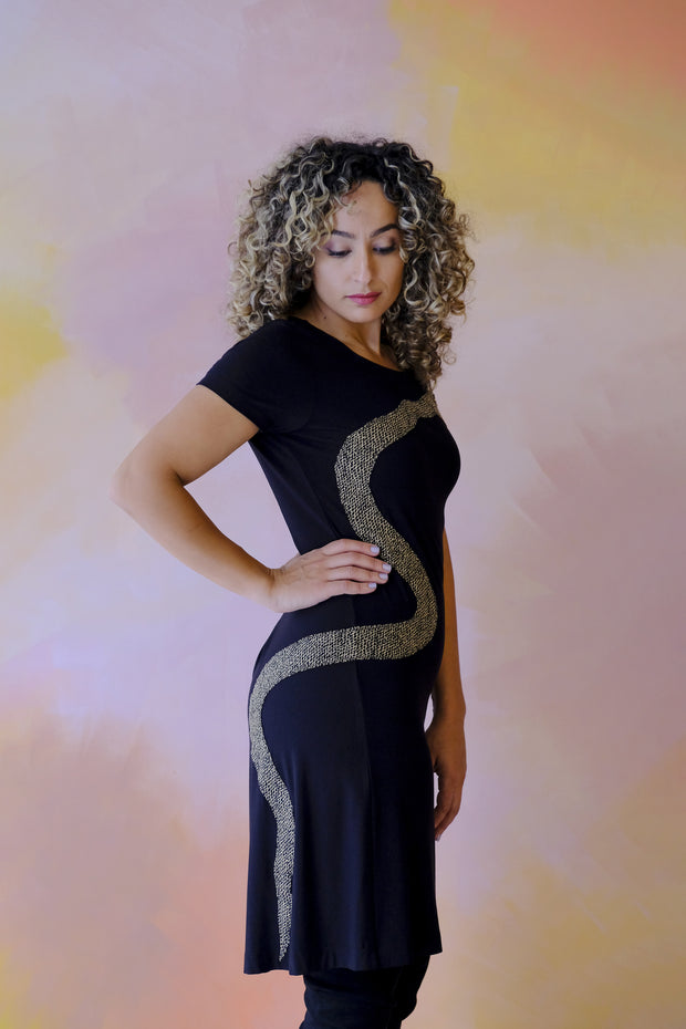 Robe Surprise - Serpent Appliqué