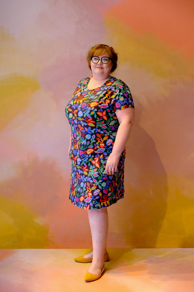 Art Skirt – Folklore