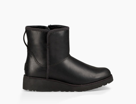 UGG Australia Women's Kristin Leather Classic Boot | Black