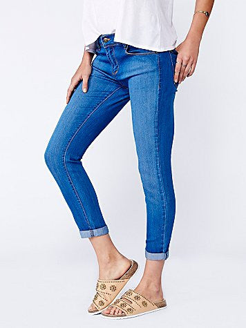 Free People Gummy Denim LA Roller Crop Jean | Lou Blue