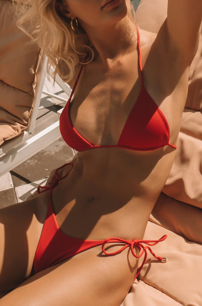 INDAH Tom Bikini Top | Red