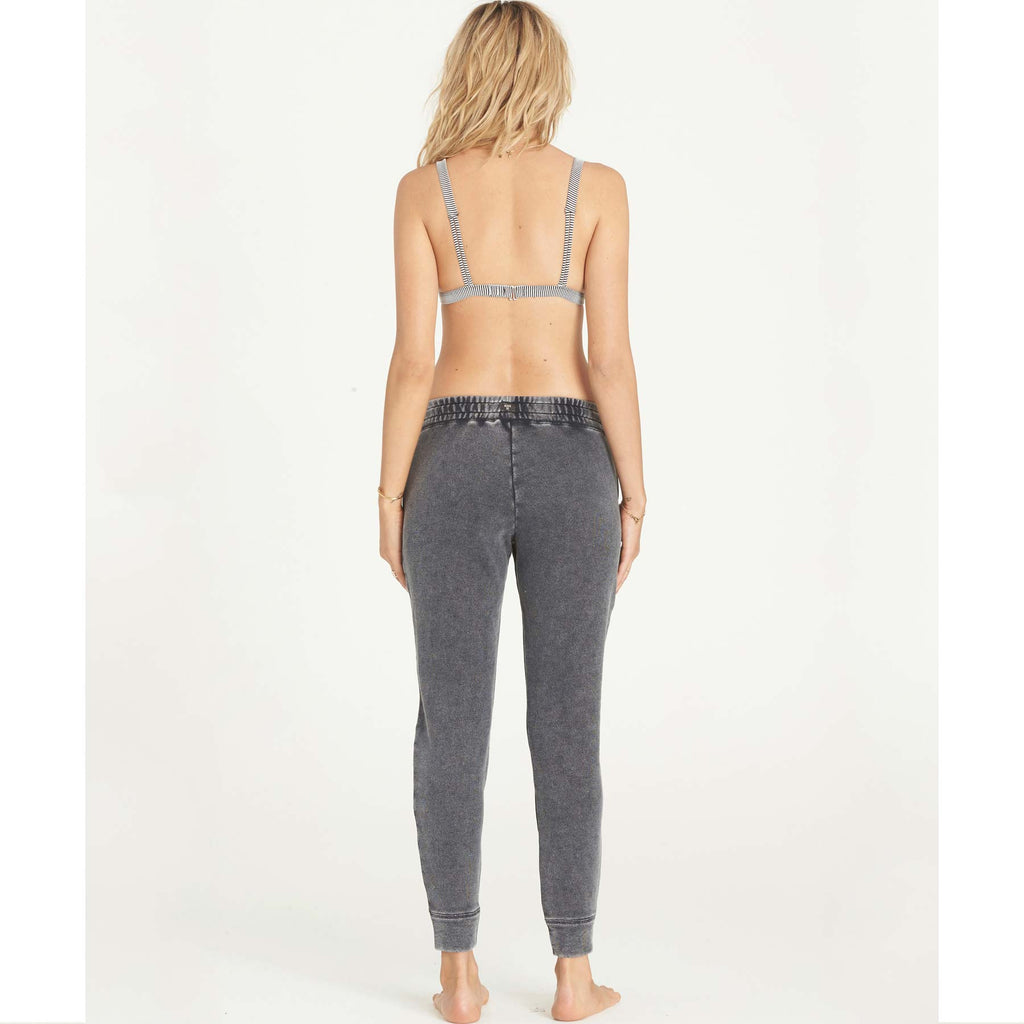 Billabong Women's Turn Away Sweatpant | Off Black