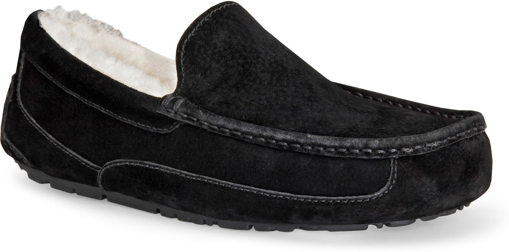 aa2d6435ab6 UGG Men's Ascot Slipper | Black | Pinnacle Malibu