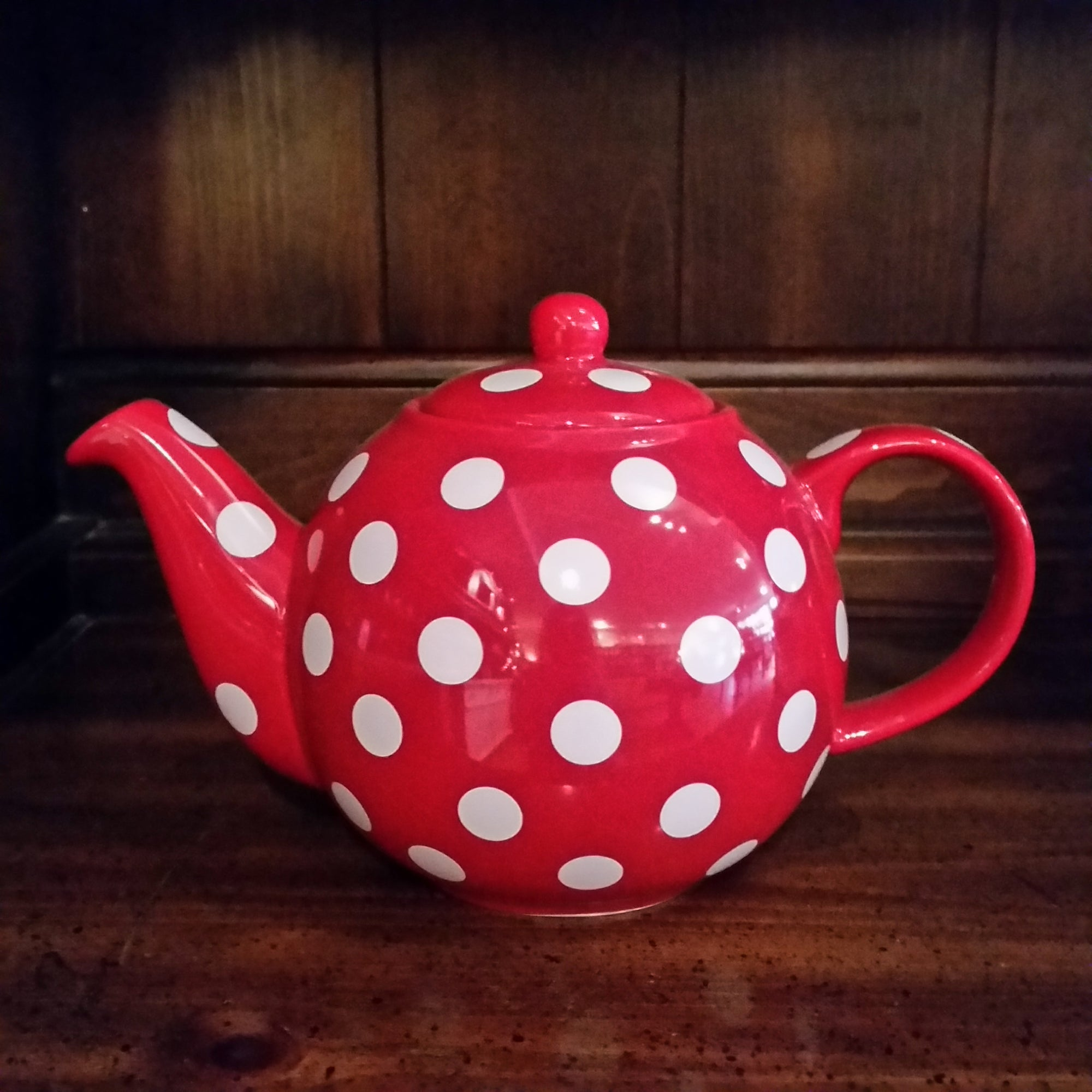 6 Cup Teapot - Red Polka Dot - The Tea & Spice Shoppe