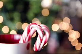Christmas Holiday Tea. Candy Cane. Sweet swirls of festive mint. A refreshingly minty herb with a strong, slightly sweet with a pure and uplifting aroma. A simple but classic festive blend! This wonderfully smooth treat, that will fill you with warm Christmas Spirit.