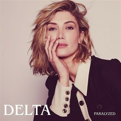 DELTA GOODREM Paralyzed PERSONALLY SIGNED by Delta (CD Single)
