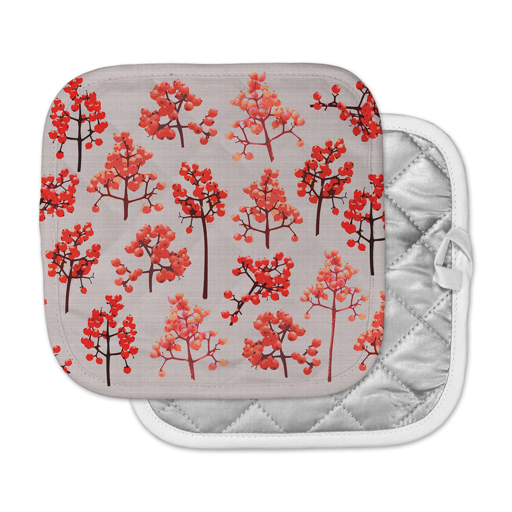 "Pallerina Design ""Holiday Berry Twigs"" Red Tan Floral Nature Pot Holder"