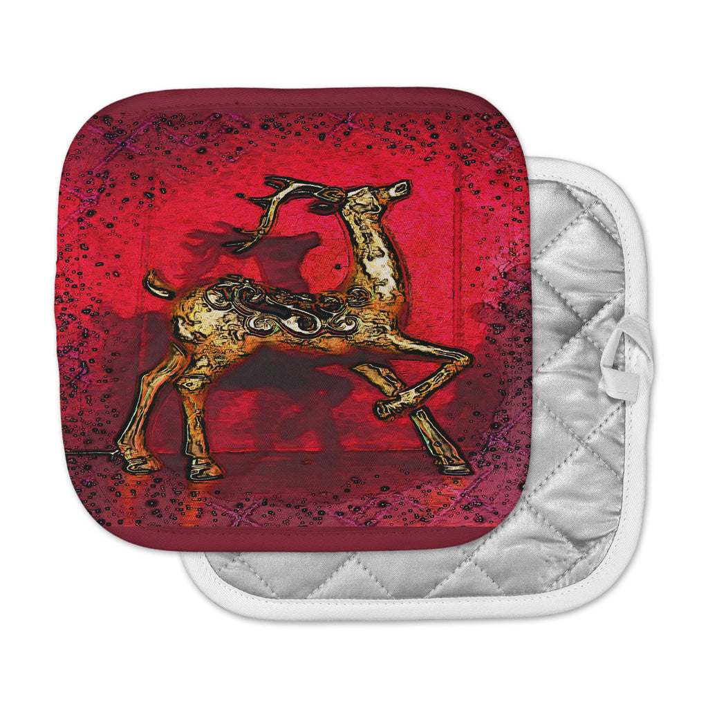 "Anne LaBrie ""Dash On"" Red Gold Pot Holder"