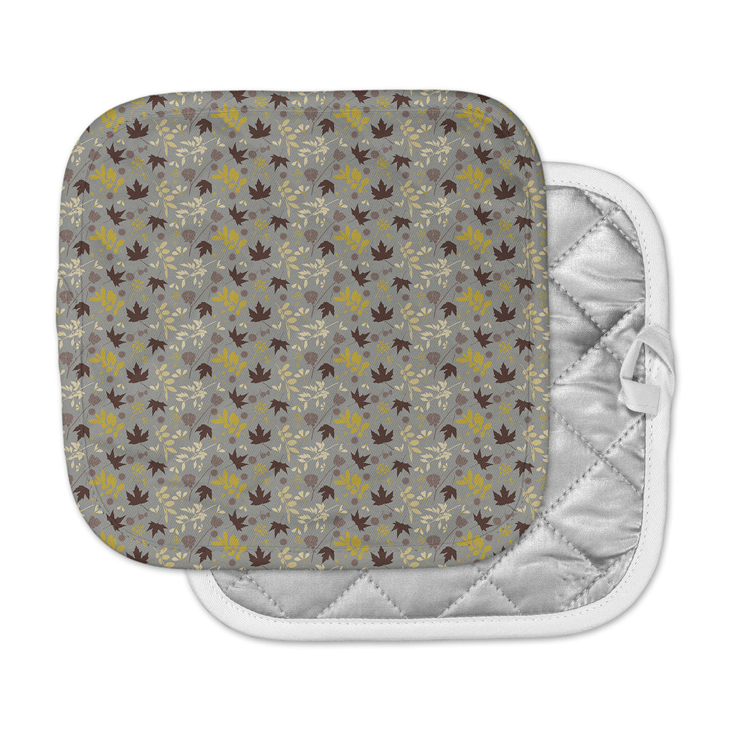 "Mayacoa Studio ""Fall Leaves"" Gray Floral Pot Holder"