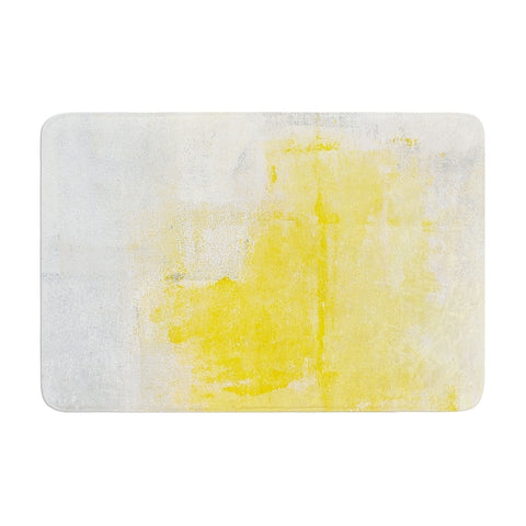 "CarolLynn Tice ""Stability"" Yellow White Memory Foam Bath Mat - Outlet Item"