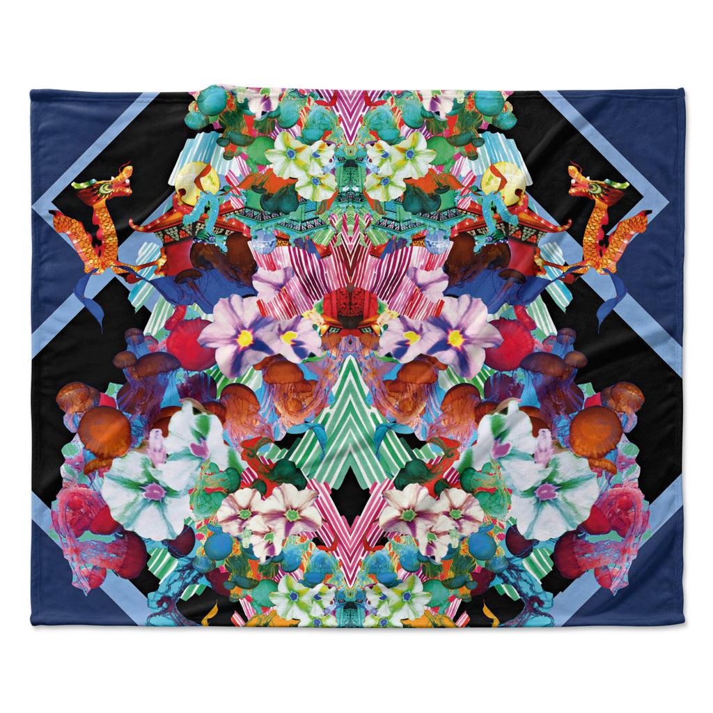 "Danii Pollehn ""Herz"" Blue Floral Fleece Throw Blanket"