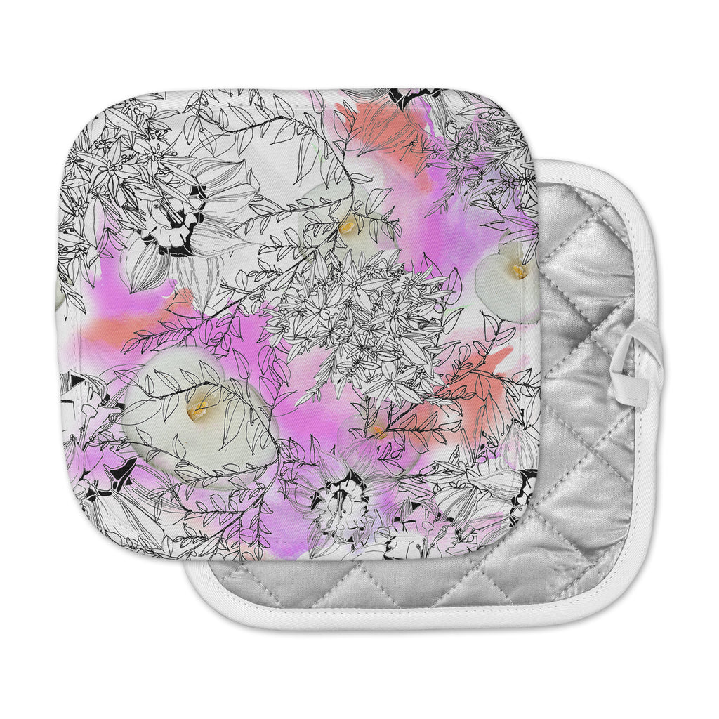 "Danii Pollehn ""Flowerlights"" Pink White Pot Holder"