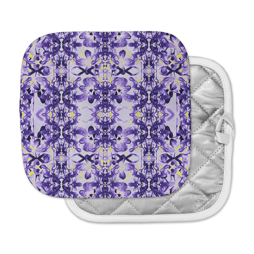 "Dawid Roc ""Tropical Orchid Dark Floral 2"" Purple Lavender Pot Holder"
