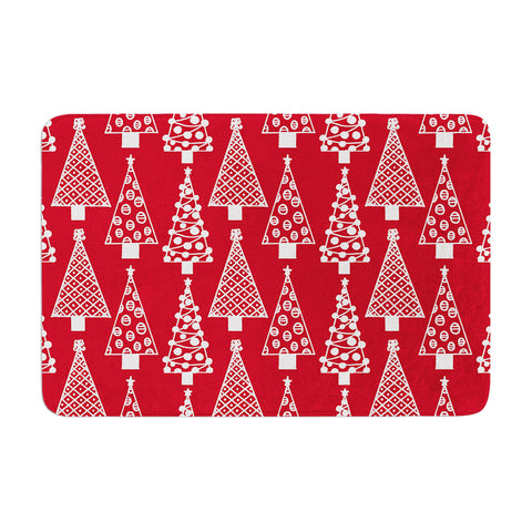 "Emine Ortega ""Jolly Trees Red"" Crimson Memory Foam Bath Mat - Outlet Item"