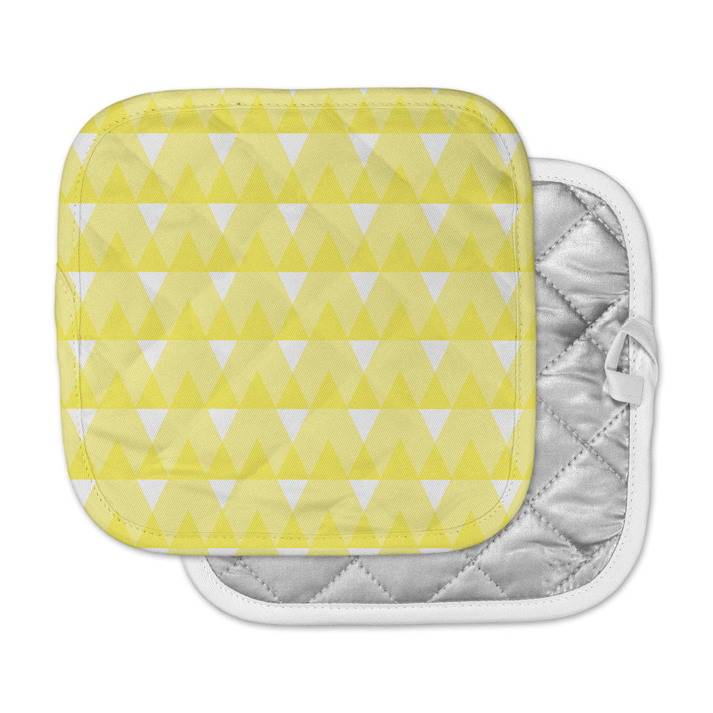 "Jackie Rose ""Yellow Triangles"" Custard White Pot Holder"