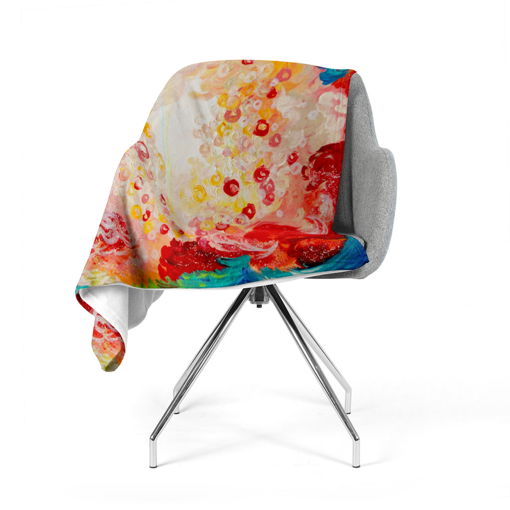 "Ebi Emporium ""Summer Days"" Red Tan Fleece Throw Blanket"