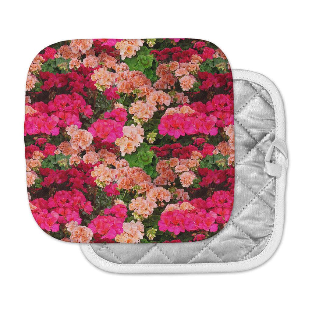 "Louise Machado ""Geranios"" Pink Floral Pot Holder"