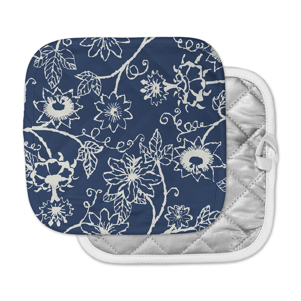 "Laura Nicholson ""Passion Flower"" Navy Floral Pot Holder"